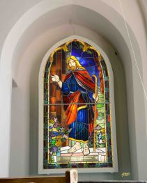 """Christ at the Door"" - Batty Memorial - Sanctuary. Westmacott Art and Glass Studio, 1968"
